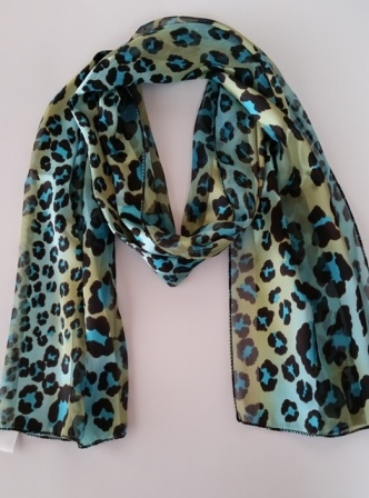 OblongScarf_AnimalPrint_Blue.jpg